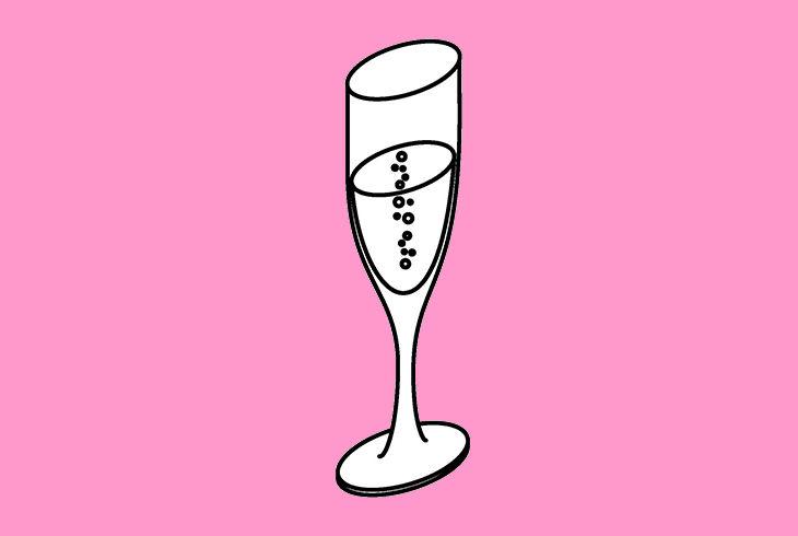 coupe de champagne sur fond rose
